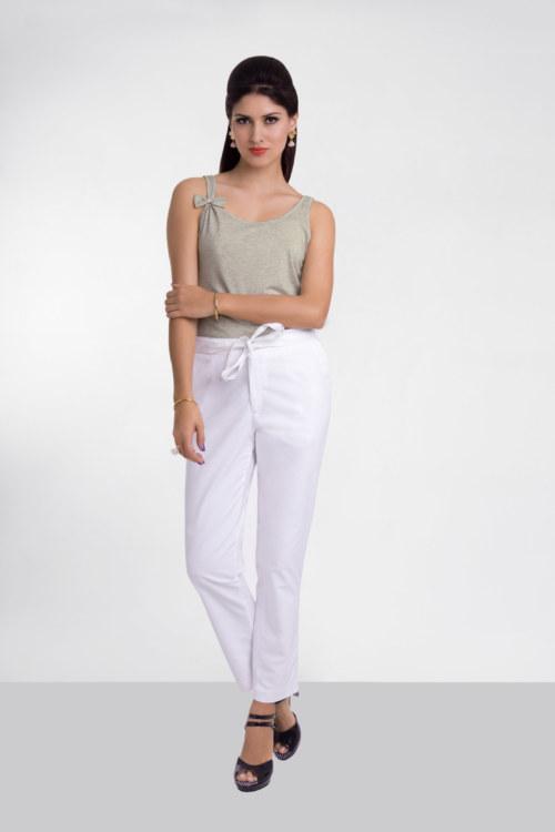 T-shirt sans manches en coton Florentina couleur gris chiné noeud papillons sur une des bretelles vue de face collection été Bombón de algodón