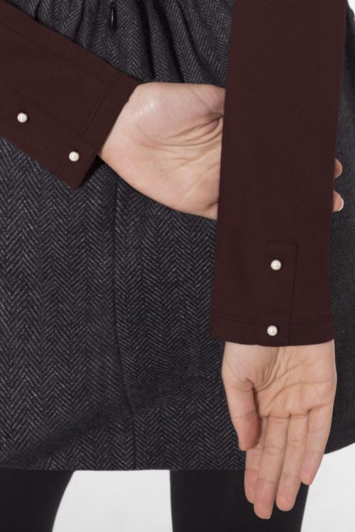 Cardigan basique rouge-brun en coton Pima biologique vue de face collection hiver Bombón de algodón