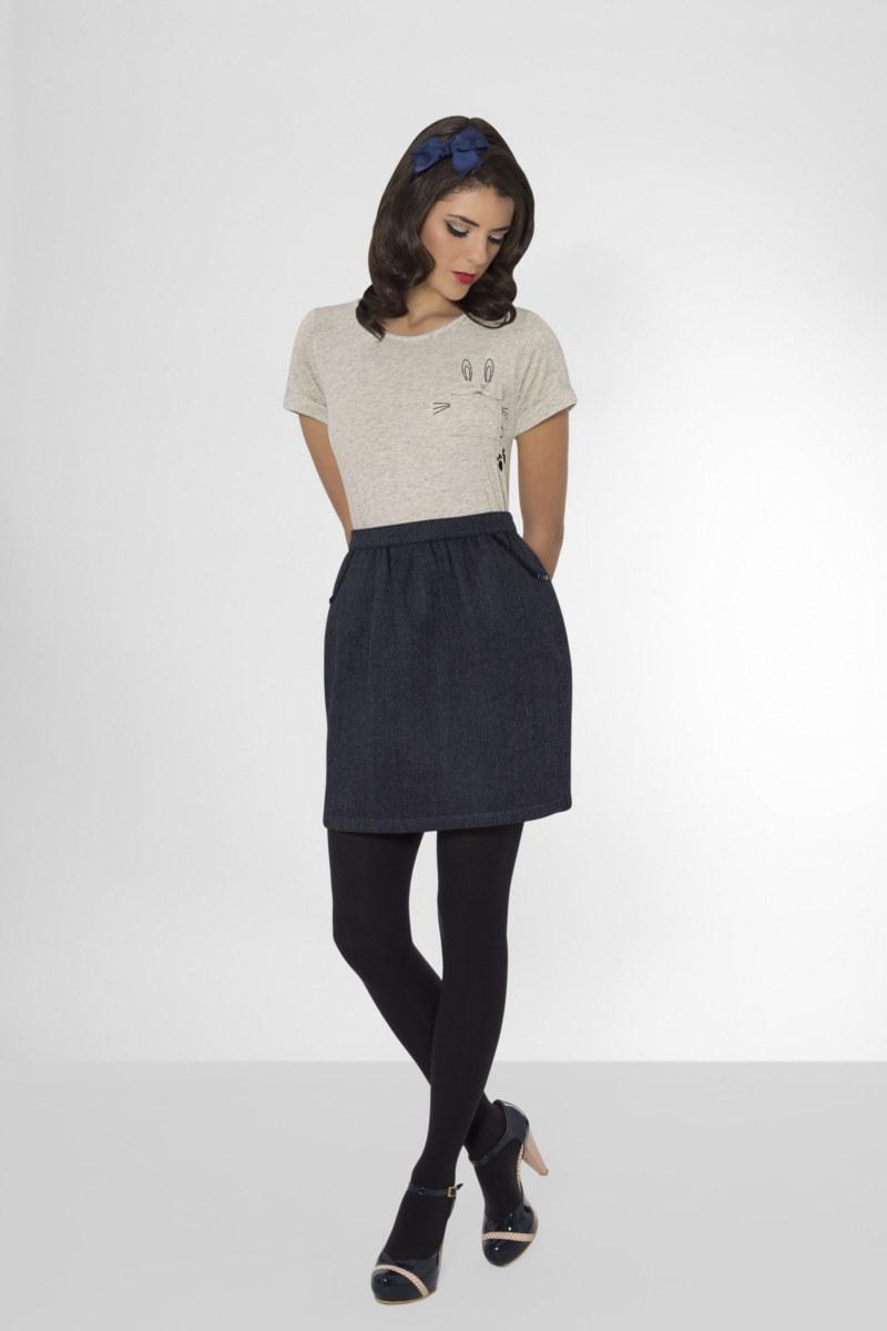 T-shirt manches courtes gris chiné en coton Pima biologique lapin imprimé sur poche vue de face collection hiver Bombón de algodón