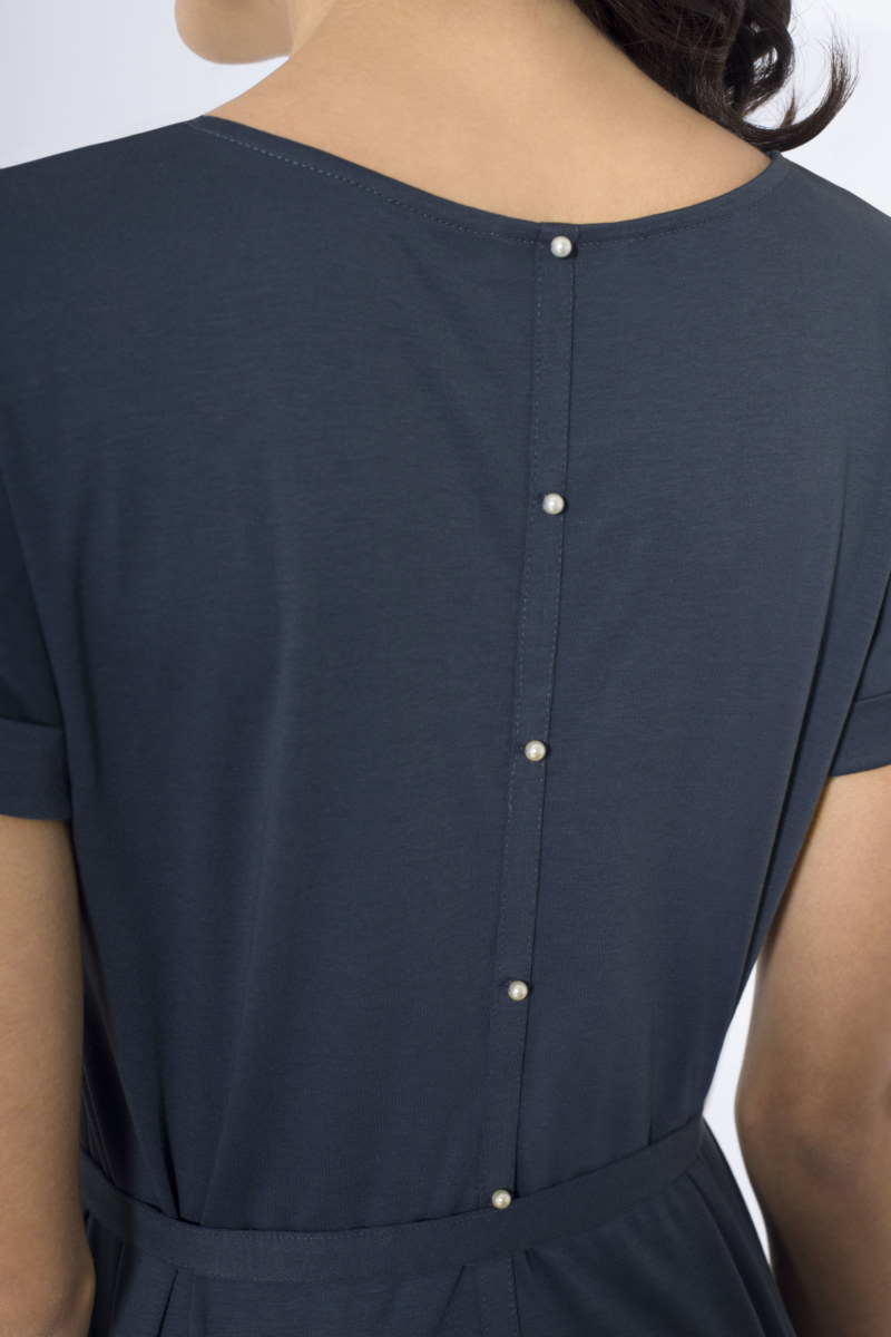 Top manches courtes bleu foncé en coton Pima biologique fausse bande de boutonnage au dos vue de dos collection hiver Bombón de algodón