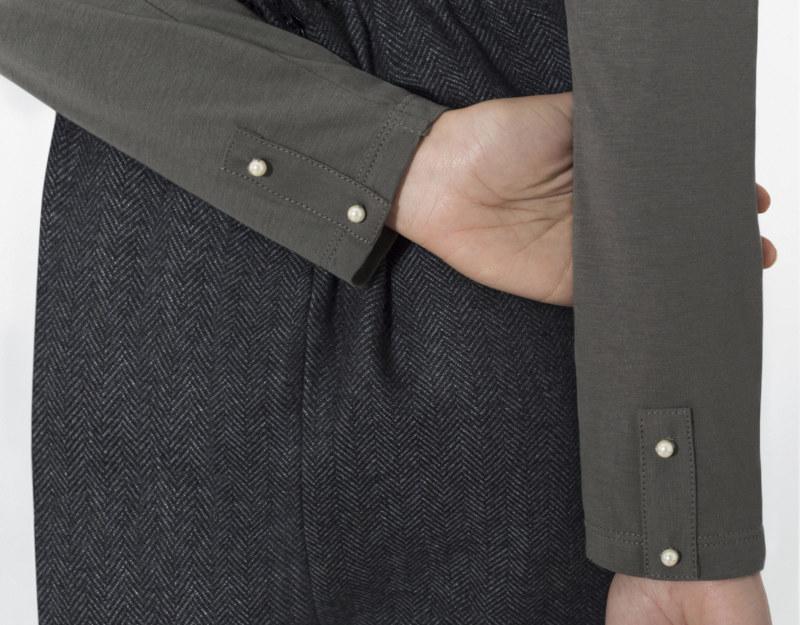 Cardigan gris coton biologique vue de dos collection hiver Bombón de algodón