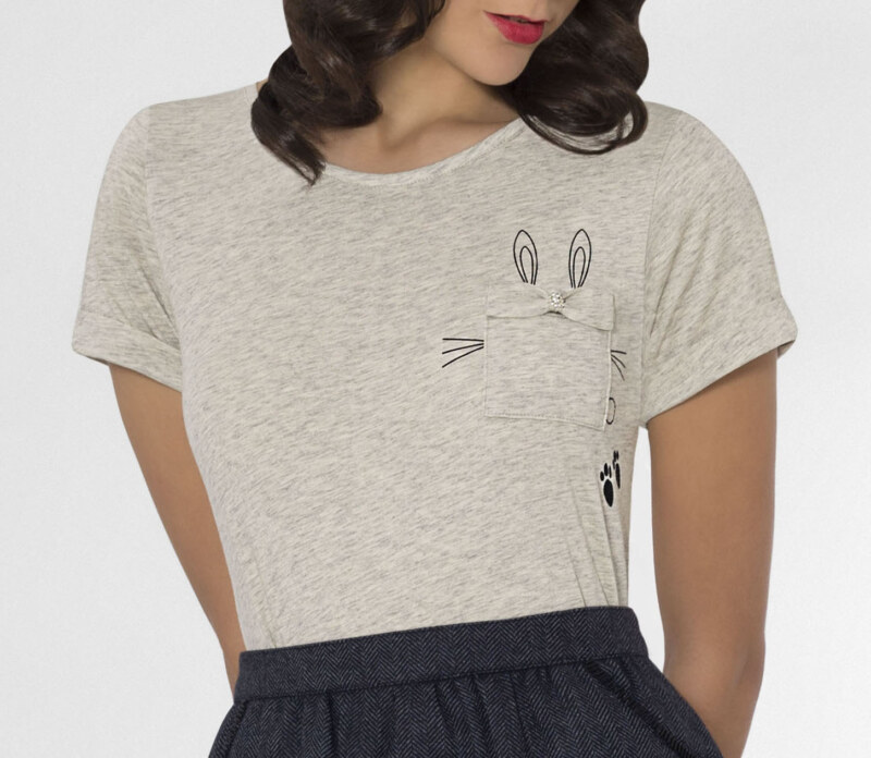 T-shirt lapin coton biologique gris chiné manches courtes en coton Pima biologique lapin imprimé sur poche vue de face collection hiver Bombón de algodón