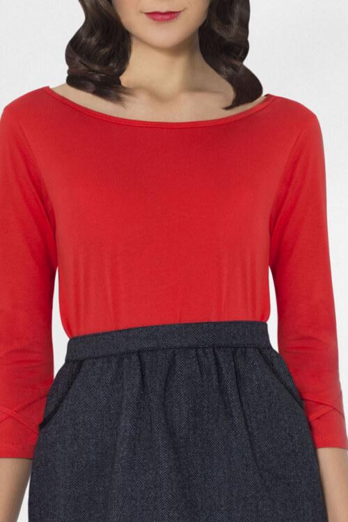 T-shirt manches 3/4 rouge en coton Pima biologique décolleté v au dos vue de face collection hiver Bombón de algodón